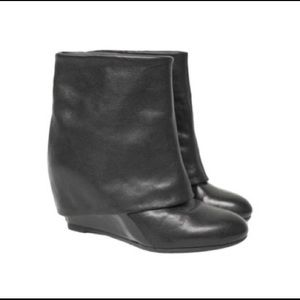 French Connection Wedge boot/bootie